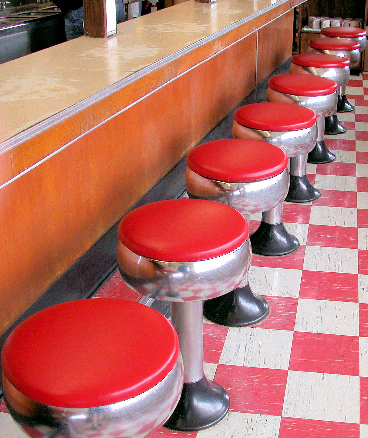 Counter Seating At Vintage 1950s Soda Fountain Heggy S